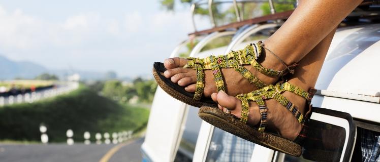 Damit der Schuh nicht drückt und die Kundenreise zum Erlebnis wird: Stellen Sie sicher, dass alle Beteiligten startklar sind und identifizieren Sie Paten Ihrer Informationsstücke