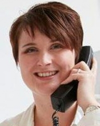 Julia Heuer PR plümercommunications