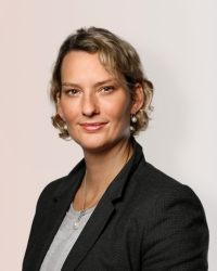 """Katrin Stuber-Koeppe, Konzernsprecherin bei KUKA: """"Innovations-Kommunikation ist eine Frage des Timings"""""""