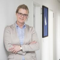 """Stefanie Hamm, Geschäftsführerin E-world: """"Die Digitalisierung verändert die Anforderung an alle Unternehmen der Energiebranche"""""""